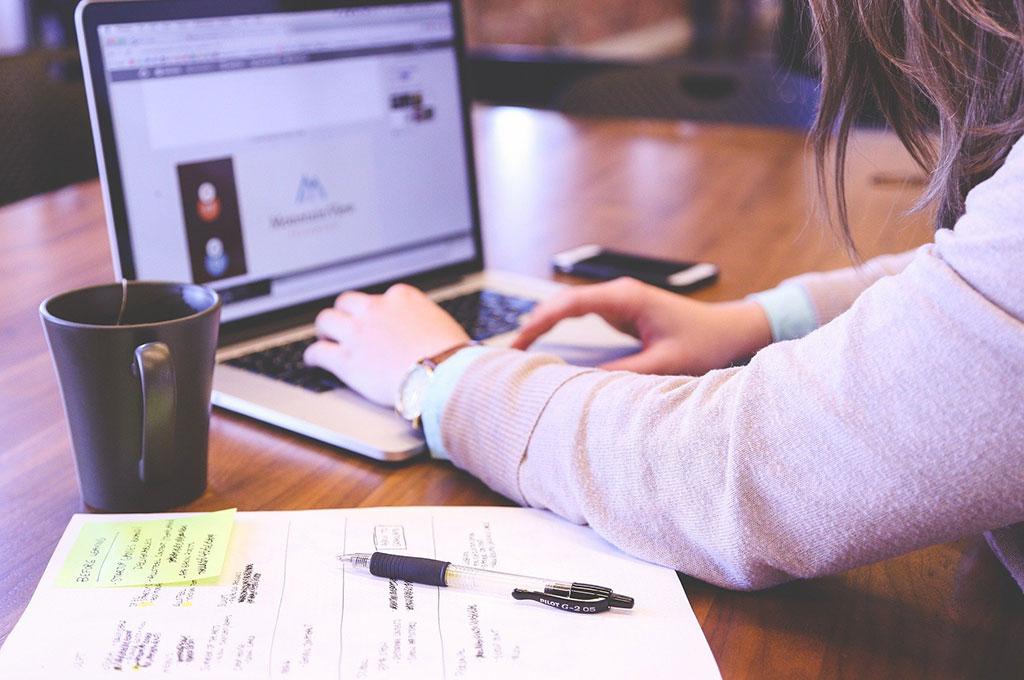 未経験でもできるWebデザイナーのバイト求人の探し方