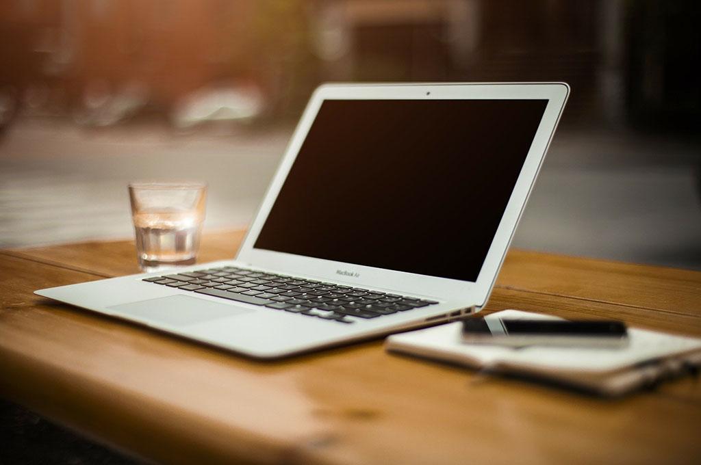 Webデザイナーこそ副業をやるべき3つ理由